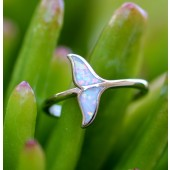 Multicolor Whale's tail ring